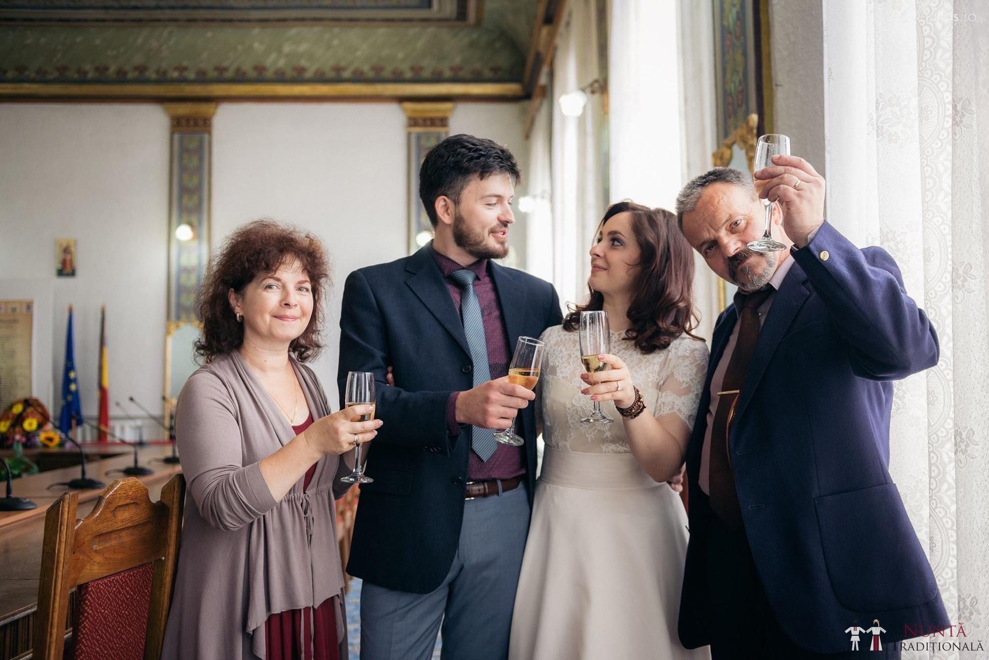 Povești Nunți Tradiționale - Oana și Sergiu - Nuntă tradițională-n Pojorâta, Bucovina 41