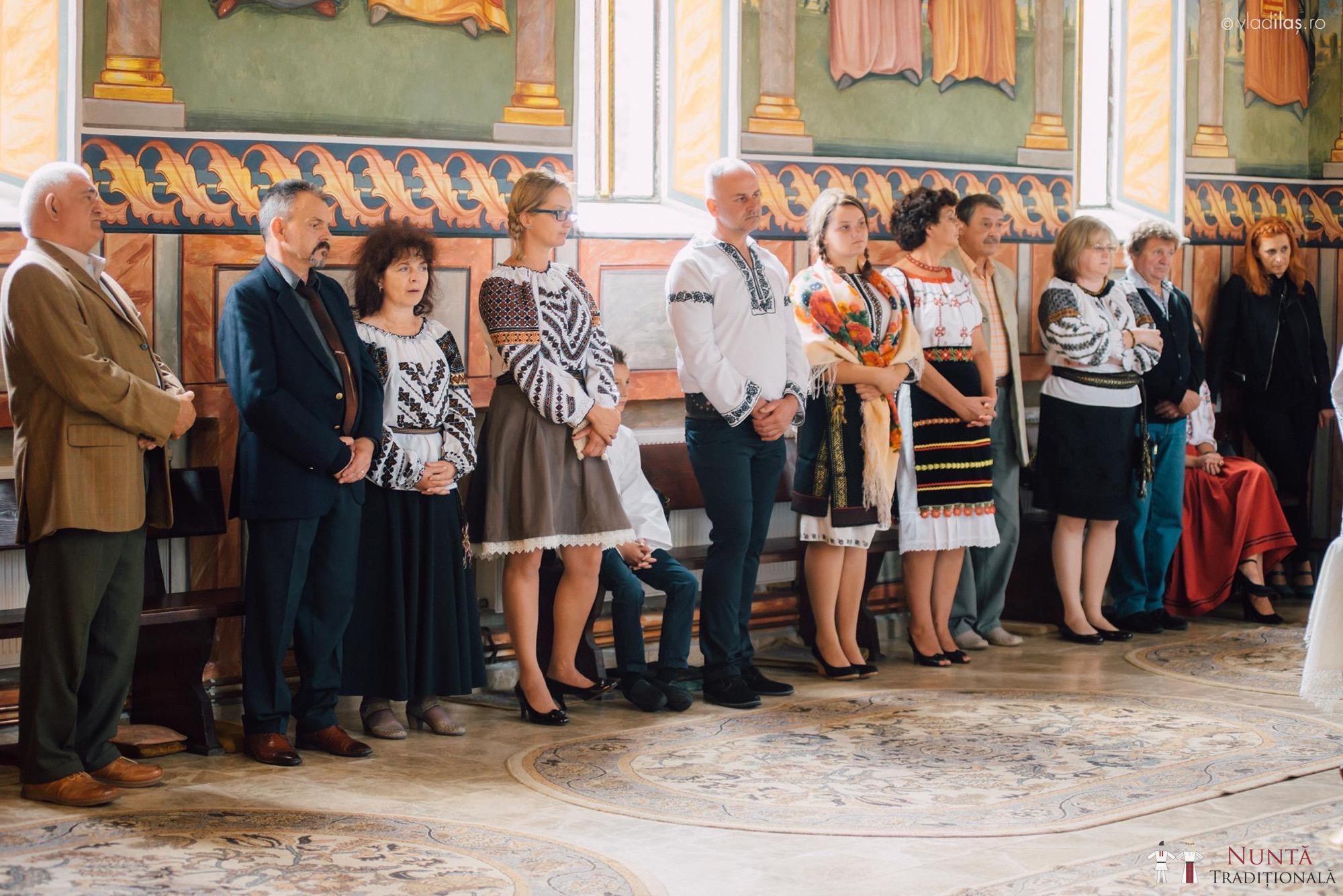 Povești Nunți Tradiționale - Oana și Sergiu - Nuntă tradițională-n Pojorâta, Bucovina 36