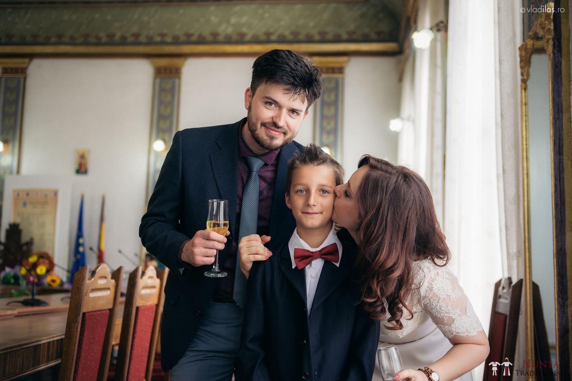 Povești Nunți Tradiționale - Oana și Sergiu - Nuntă tradițională-n Pojorâta, Bucovina 34