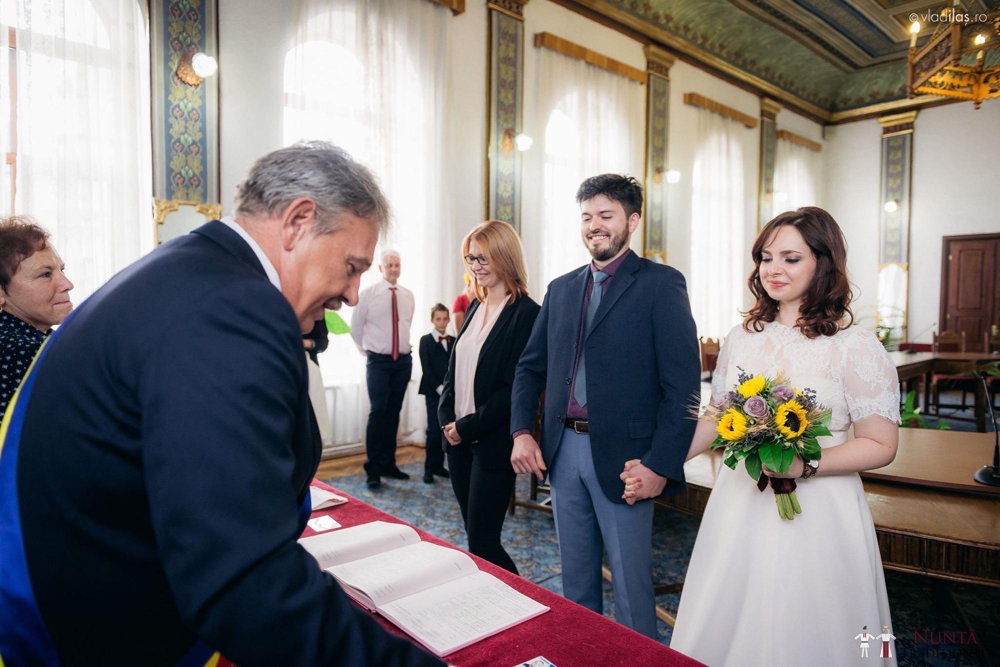 Povești Nunți Tradiționale - Oana și Sergiu - Nuntă tradițională-n Pojorâta, Bucovina 32