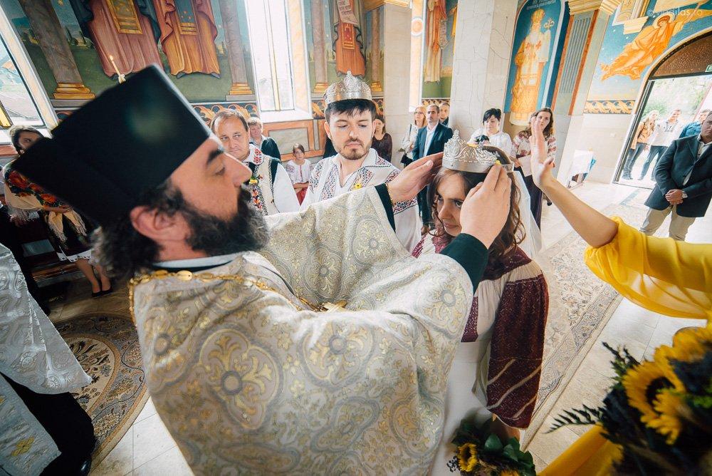 Povești Nunți Tradiționale - Oana și Sergiu - Nuntă tradițională-n Pojorâta, Bucovina 15