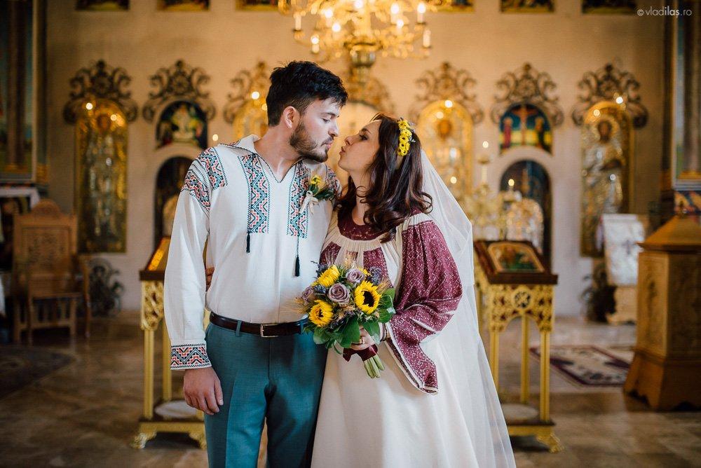 Povești Nunți Tradiționale - Oana și Sergiu - Nuntă tradițională-n Pojorâta, Bucovina 10