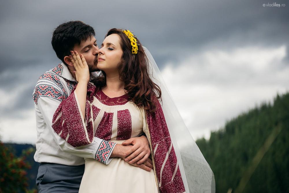 Povești Nunți Tradiționale - Oana și Sergiu - Nuntă tradițională-n Pojorâta, Bucovina 7