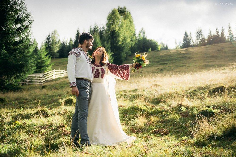 Povești Nunți Tradiționale - Oana și Sergiu - Nuntă tradițională-n Pojorâta, Bucovina 6