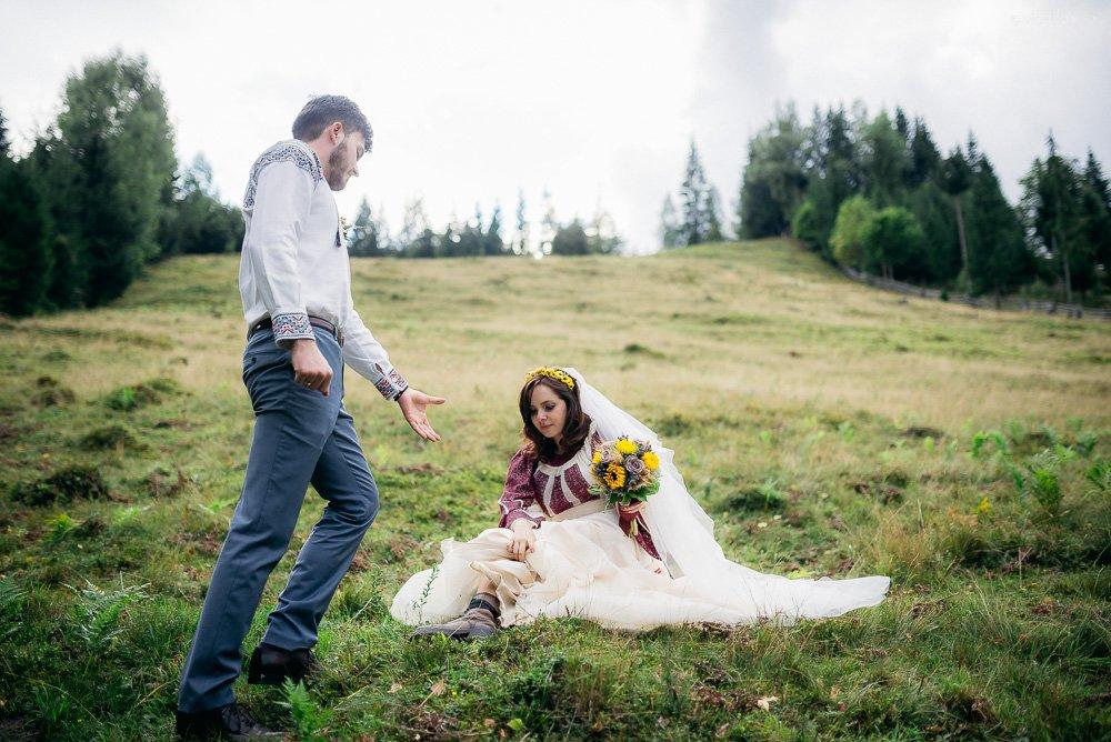 Povești Nunți Tradiționale - Oana și Sergiu - Nuntă tradițională-n Pojorâta, Bucovina 3