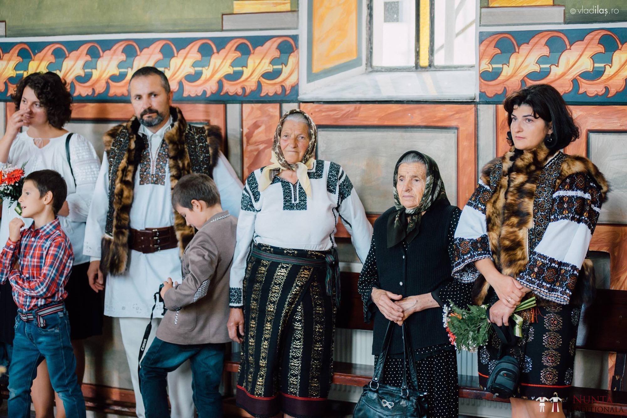Povești Nunți Tradiționale - Oana și Sergiu - Nuntă tradițională-n Pojorâta, Bucovina 43