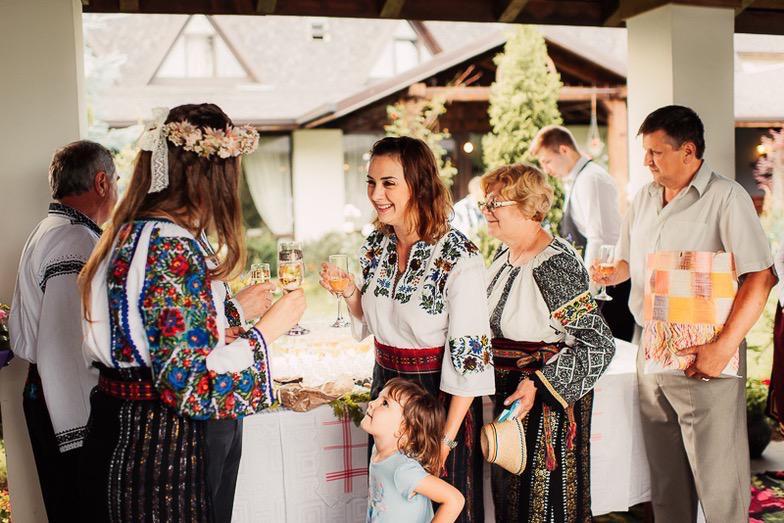 Povești Nunți Tradiționale - Simina și Andrei - Cu veselie despre nunta tradițională din Horodnic, Suceava 32