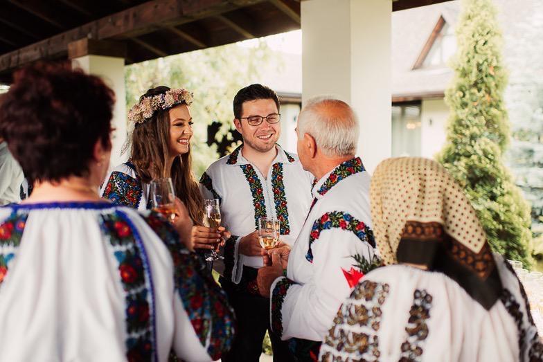Povești Nunți Tradiționale - Simina și Andrei - Cu veselie despre nunta tradițională din Horodnic, Suceava 28