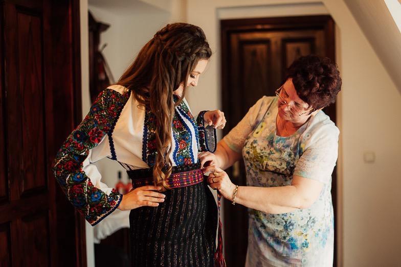 Povești Nunți Tradiționale - Simina și Andrei - Cu veselie despre nunta tradițională din Horodnic, Suceava 51