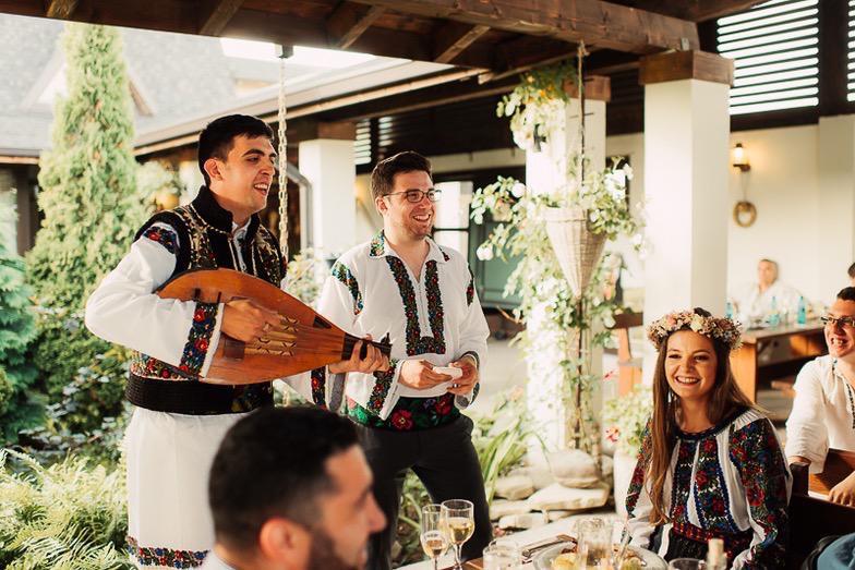 Povești Nunți Tradiționale - Simina și Andrei - Cu veselie despre nunta tradițională din Horodnic, Suceava 22