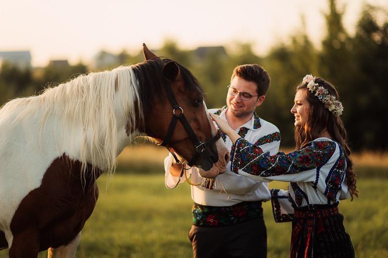 Povești Nunți Tradiționale - Simina și Andrei - Cu veselie despre nunta tradițională din Horodnic, Suceava 15