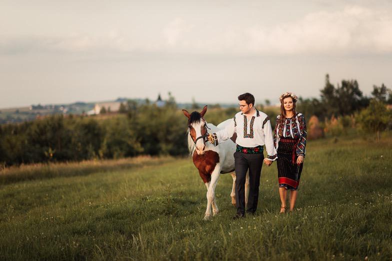 Povești Nunți Tradiționale - Simina și Andrei - Cu veselie despre nunta tradițională din Horodnic, Suceava 11