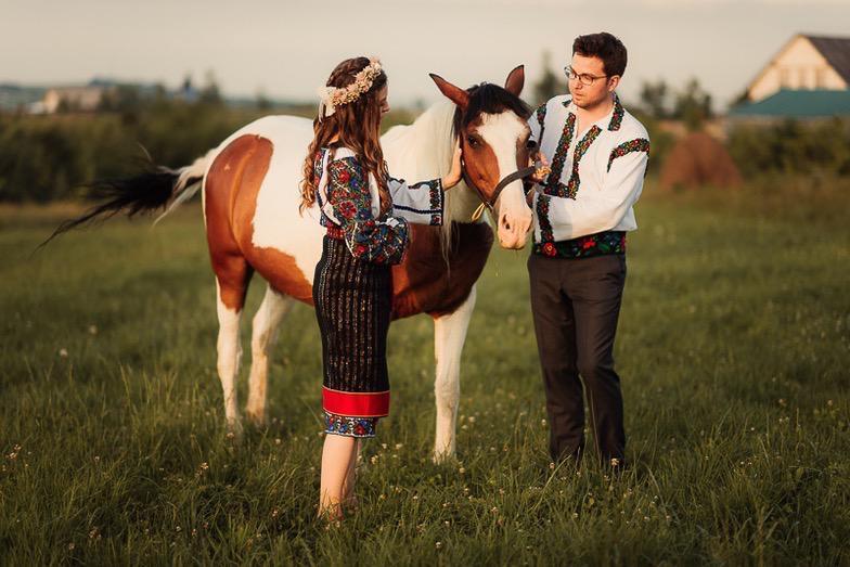 Povești Nunți Tradiționale - Simina și Andrei - Cu veselie despre nunta tradițională din Horodnic, Suceava 9