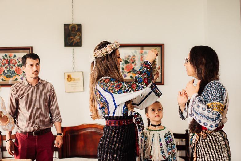 Povești Nunți Tradiționale - Simina și Andrei - Cu veselie despre nunta tradițională din Horodnic, Suceava 45