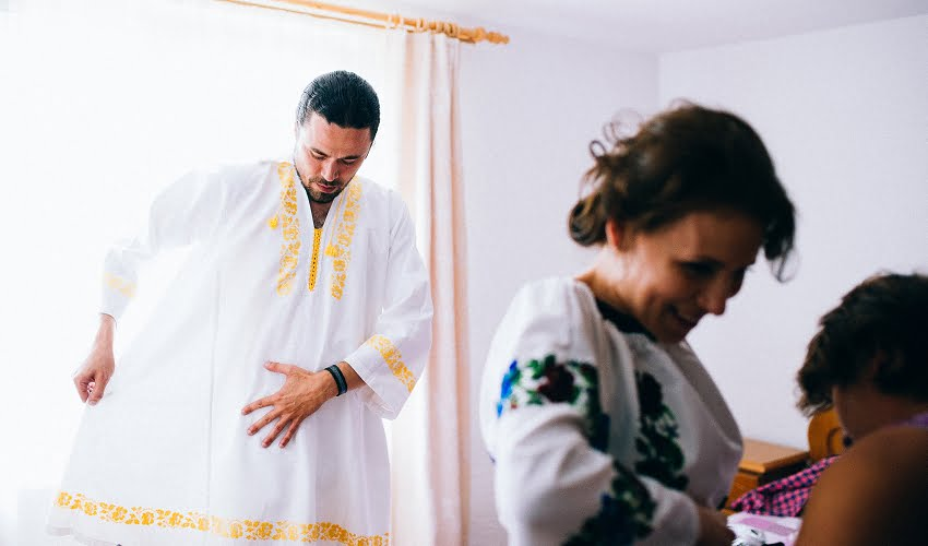 Povești Nunți Tradiționale - Cristina si Cornel - Nunta celor trei luni de vară 78