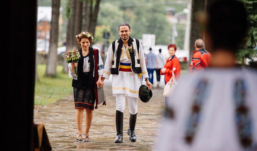 Povești Nunți Tradiționale - Cristina si Cornel - Nunta celor trei luni de vară 62