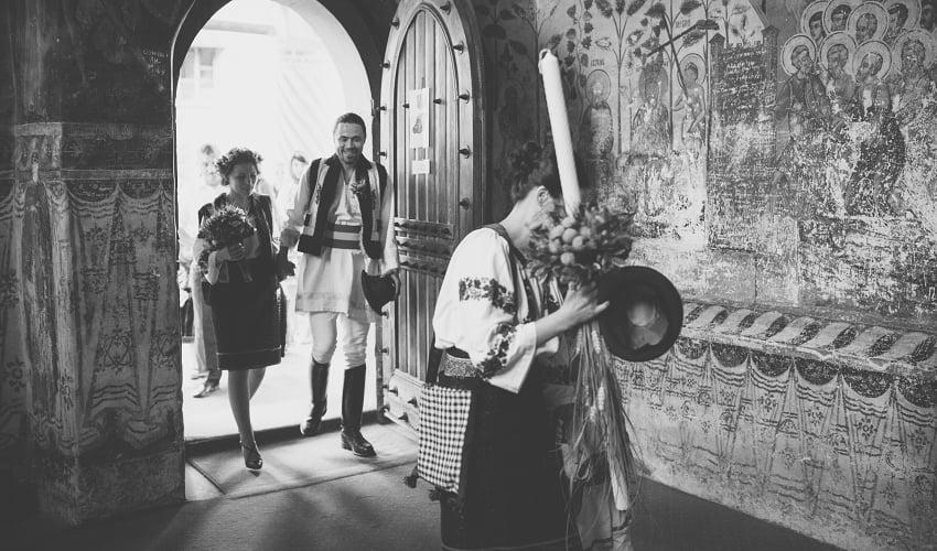 Povești Nunți Tradiționale - Cristina si Cornel - Nunta celor trei luni de vară 59