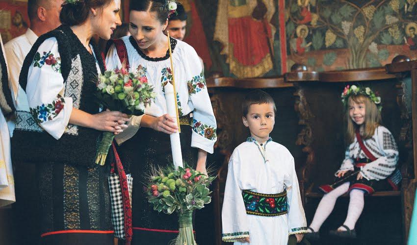 Povești Nunți Tradiționale - Cristina si Cornel - Nunta celor trei luni de vară 56