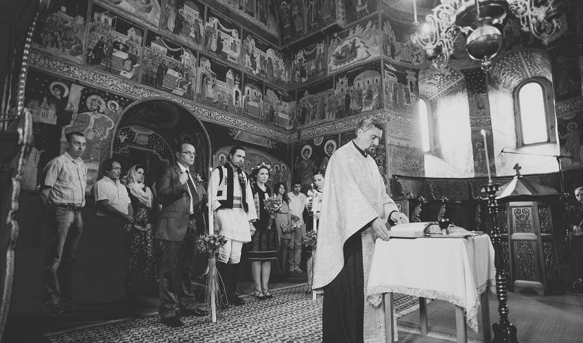 Povești Nunți Tradiționale - Cristina si Cornel - Nunta celor trei luni de vară 49