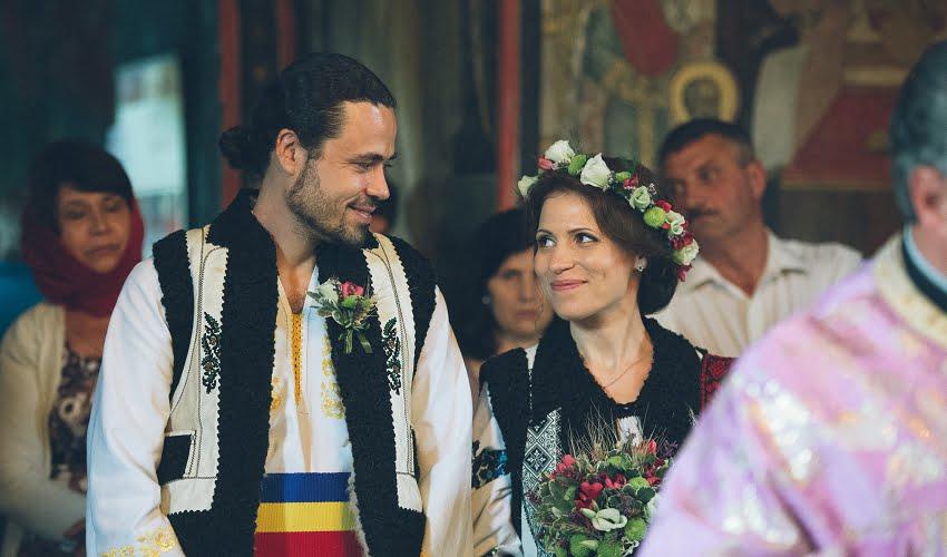 Povești Nunți Tradiționale - Cristina si Cornel - Nunta celor trei luni de vară 46