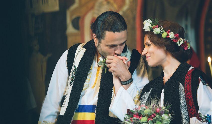 Povești Nunți Tradiționale - Cristina si Cornel - Nunta celor trei luni de vară 45
