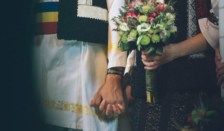 Povești Nunți Tradiționale - Cristina si Cornel - Nunta celor trei luni de vară 44