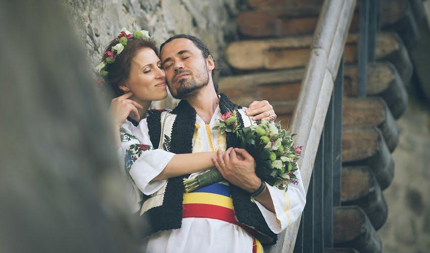Povești Nunți Tradiționale - Cristina si Cornel - Nunta celor trei luni de vară 21