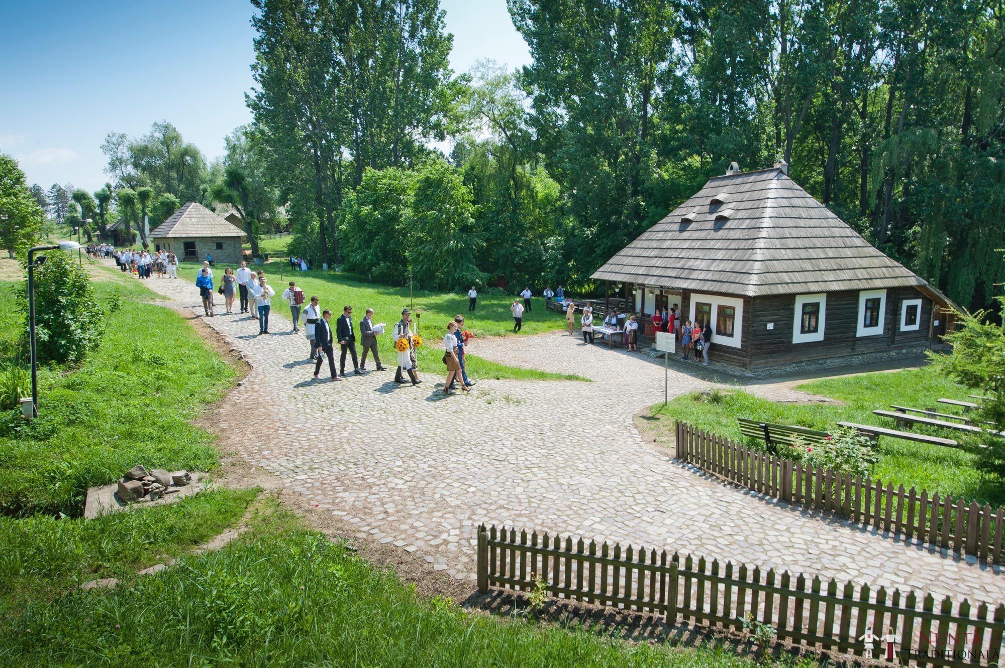 Povești Nunți Tradiționale - Gabriela și Mădălin - Nuntă Tradițională în Suceava, Bucovina 89