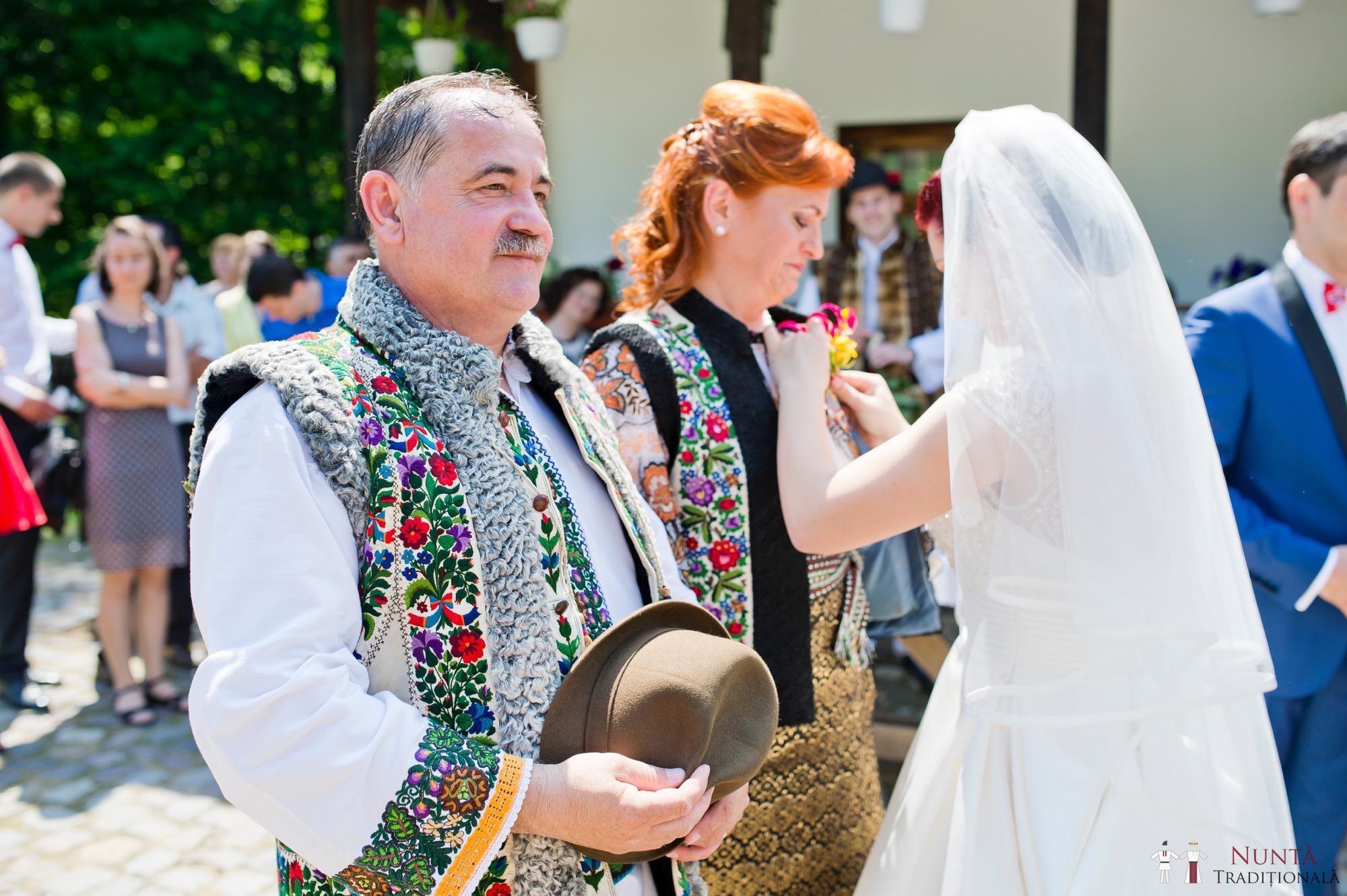 Povești Nunți Tradiționale - Gabriela și Mădălin - Nuntă Tradițională în Suceava, Bucovina 82