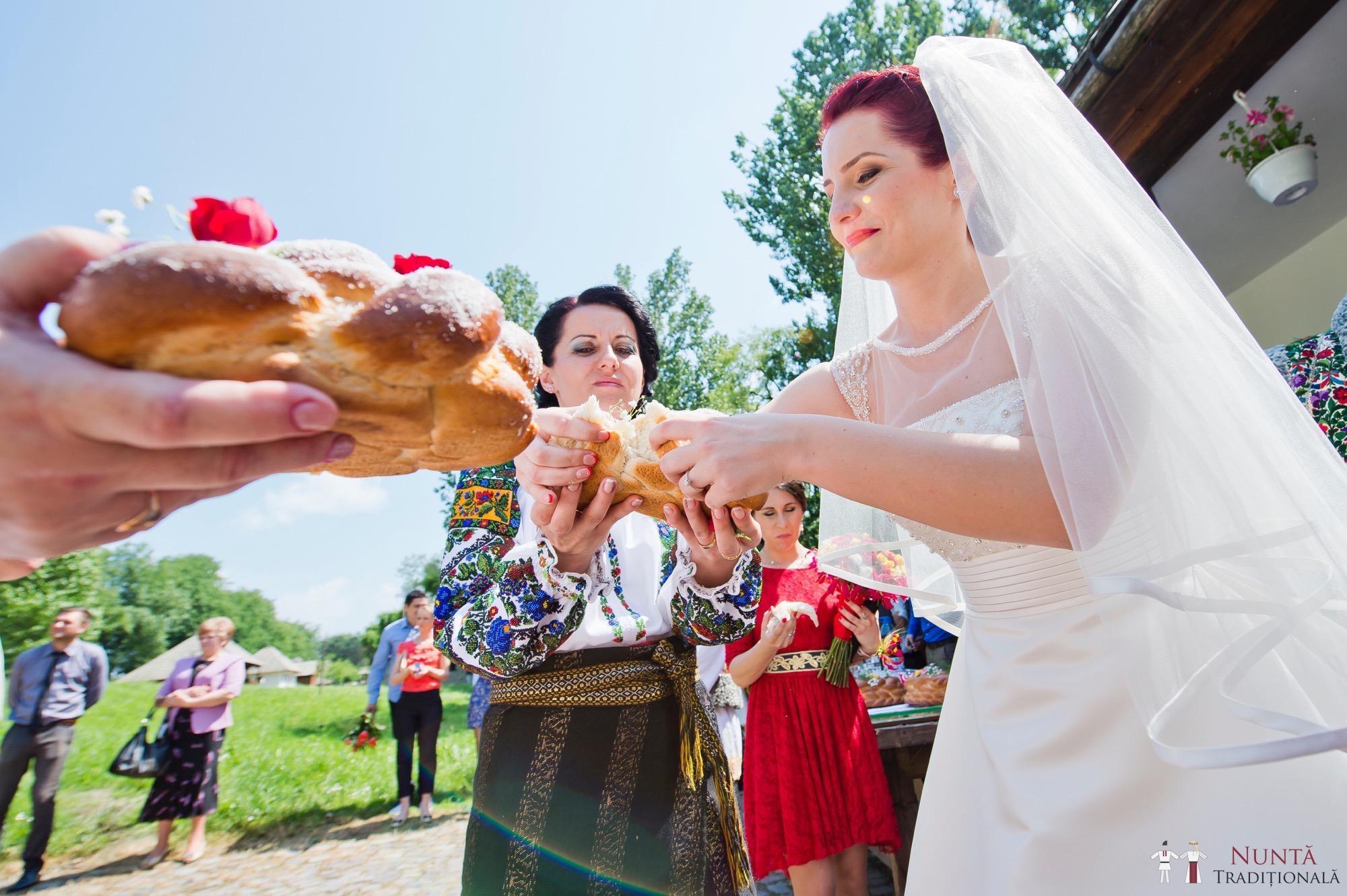 Povești Nunți Tradiționale - Gabriela și Mădălin - Nuntă Tradițională în Suceava, Bucovina 74