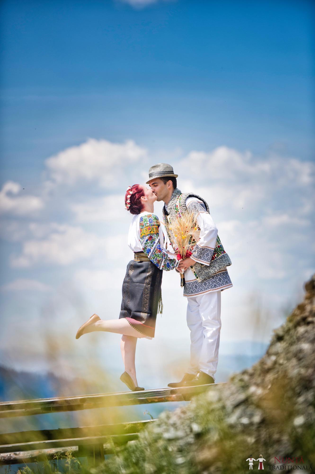 Povești Nunți Tradiționale - Gabriela și Mădălin - Nuntă Tradițională în Suceava, Bucovina 30