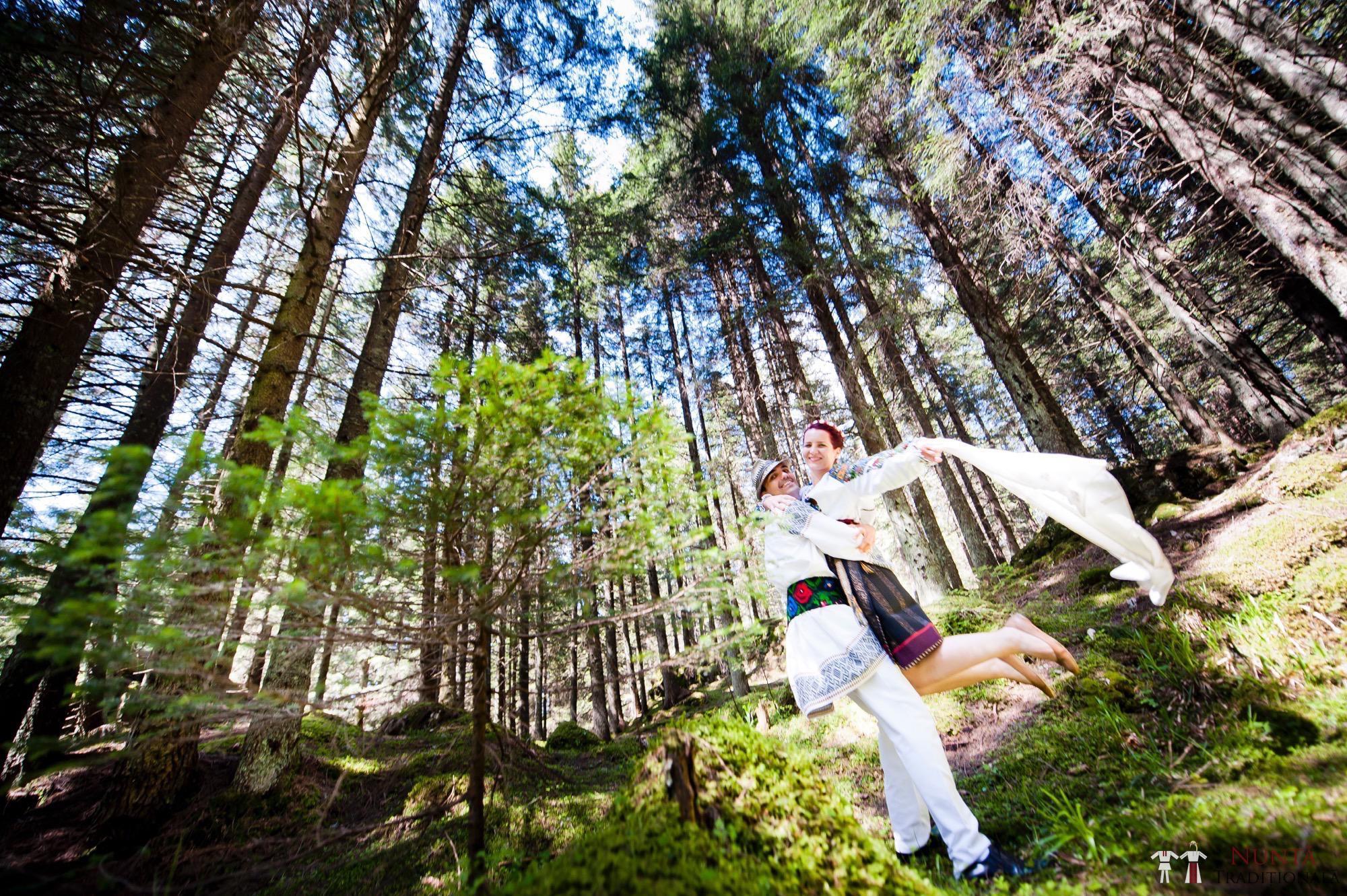 Povești Nunți Tradiționale - Gabriela și Mădălin - Nuntă Tradițională în Suceava, Bucovina 20