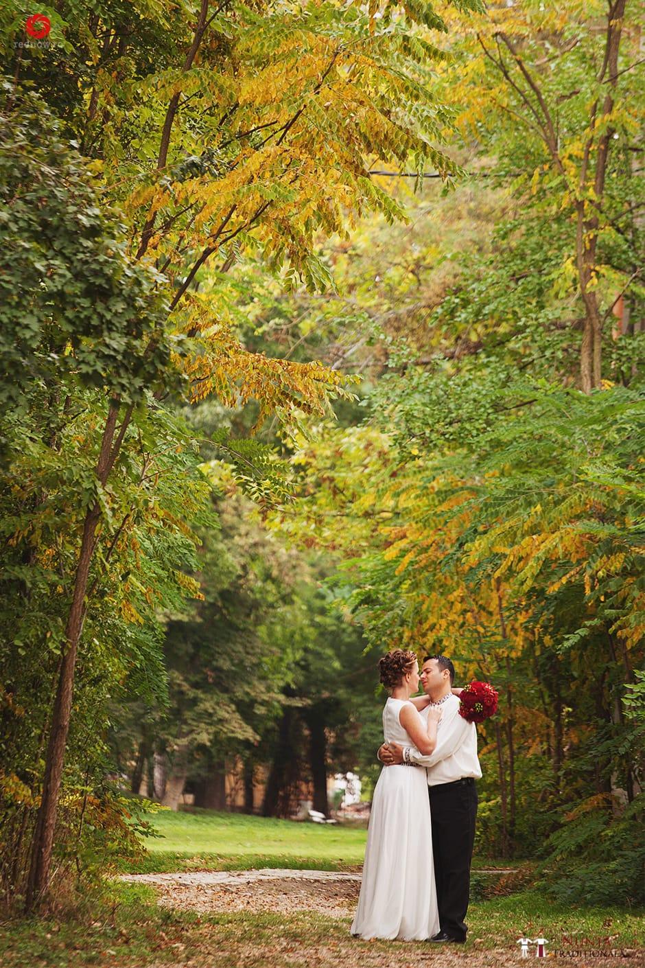 Povești Nunți Tradiționale - Ionatan și Andrea - Nuntă în Crișana. Să ne îmbătăm cu veselia nunții, în culorile toamnei 91