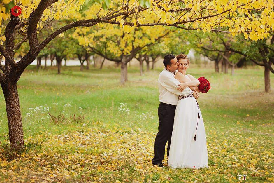 Povești Nunți Tradiționale - Ionatan și Andrea - Nuntă în Crișana. Să ne îmbătăm cu veselia nunții, în culorile toamnei 82