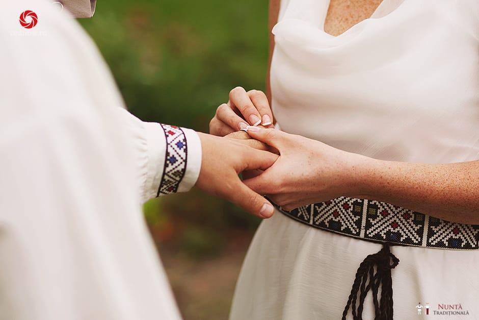 Povești Nunți Tradiționale - Ionatan și Andrea - Nuntă în Crișana. Să ne îmbătăm cu veselia nunții, în culorile toamnei 78