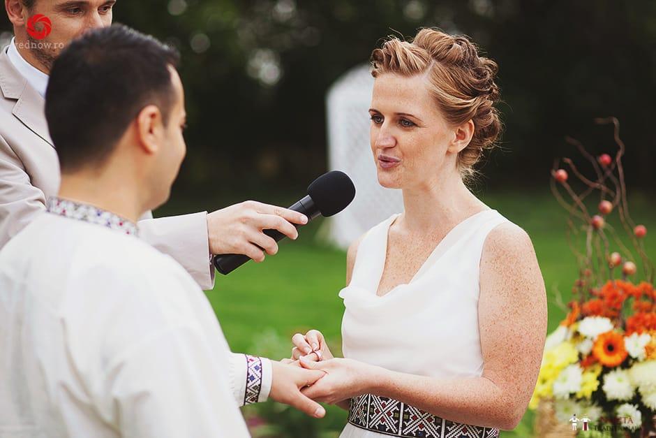 Povești Nunți Tradiționale - Ionatan și Andrea - Nuntă în Crișana. Să ne îmbătăm cu veselia nunții, în culorile toamnei 57