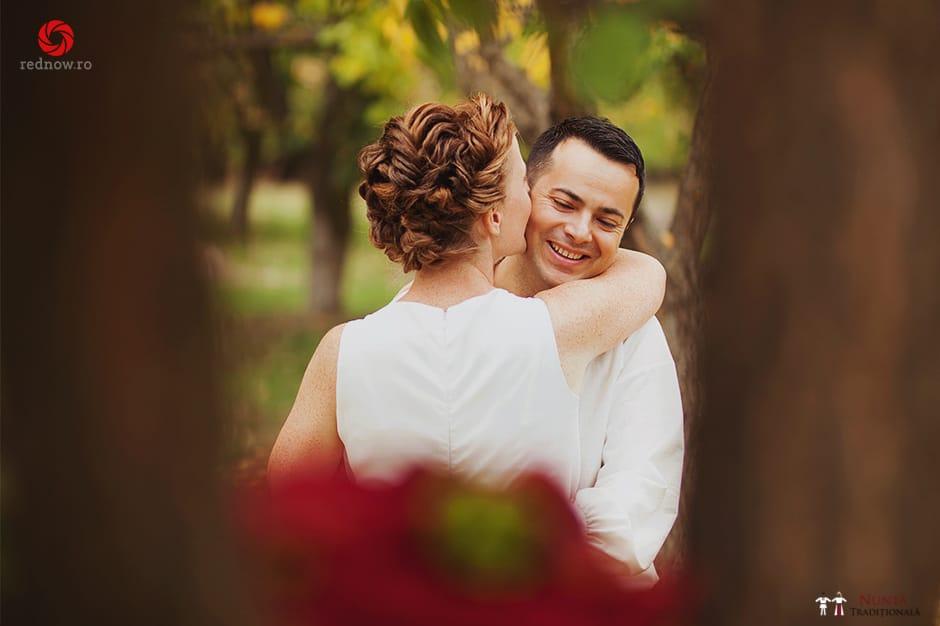 Povești Nunți Tradiționale - Ionatan și Andrea - Nuntă în Crișana. Să ne îmbătăm cu veselia nunții, în culorile toamnei 38