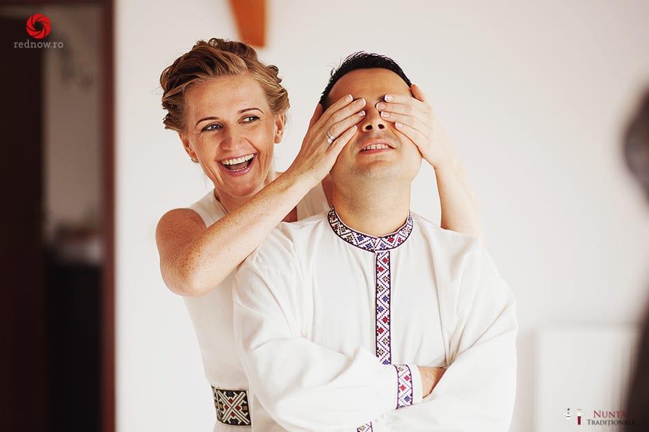 Povești Nunți Tradiționale - Ionatan și Andrea - Nuntă în Crișana. Să ne îmbătăm cu veselia nunții, în culorile toamnei 34