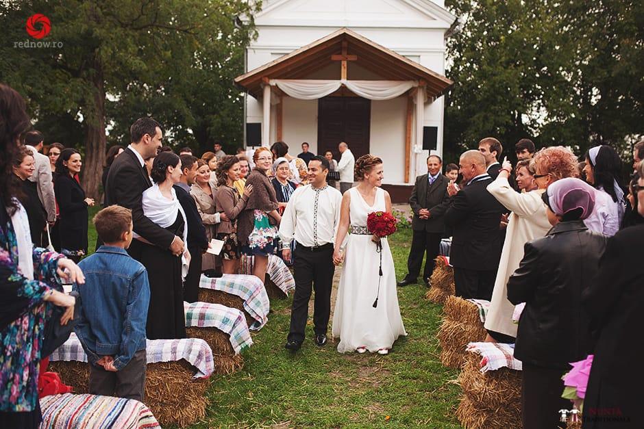 Povești Nunți Tradiționale - Ionatan și Andrea - Nuntă în Crișana. Să ne îmbătăm cu veselia nunții, în culorile toamnei 33