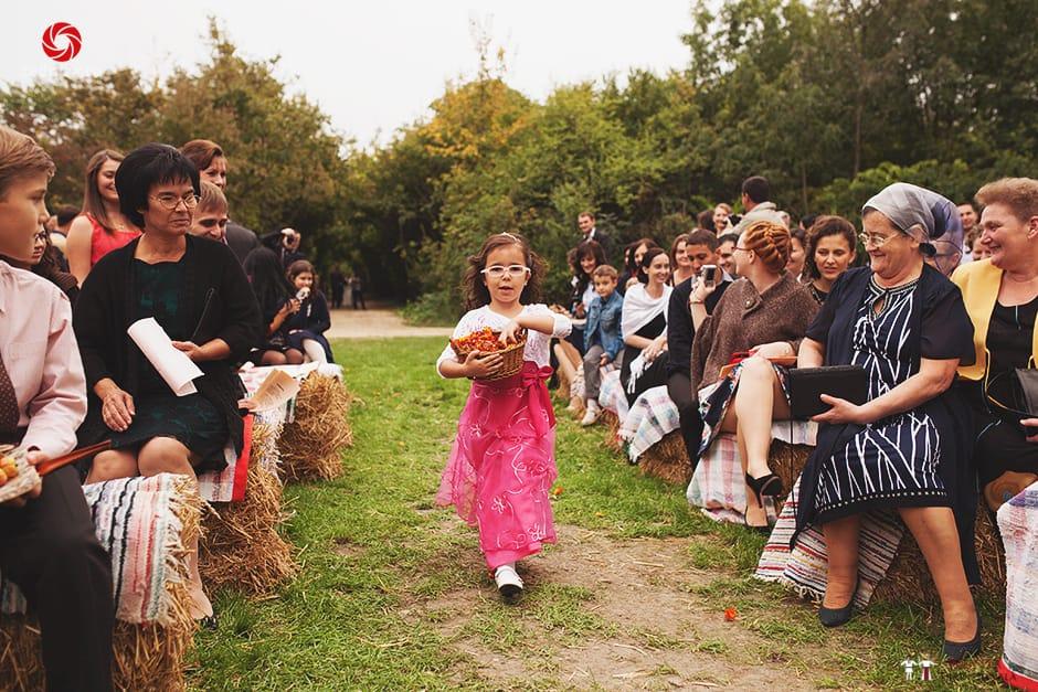 Povești Nunți Tradiționale - Ionatan și Andrea - Nuntă în Crișana. Să ne îmbătăm cu veselia nunții, în culorile toamnei 27