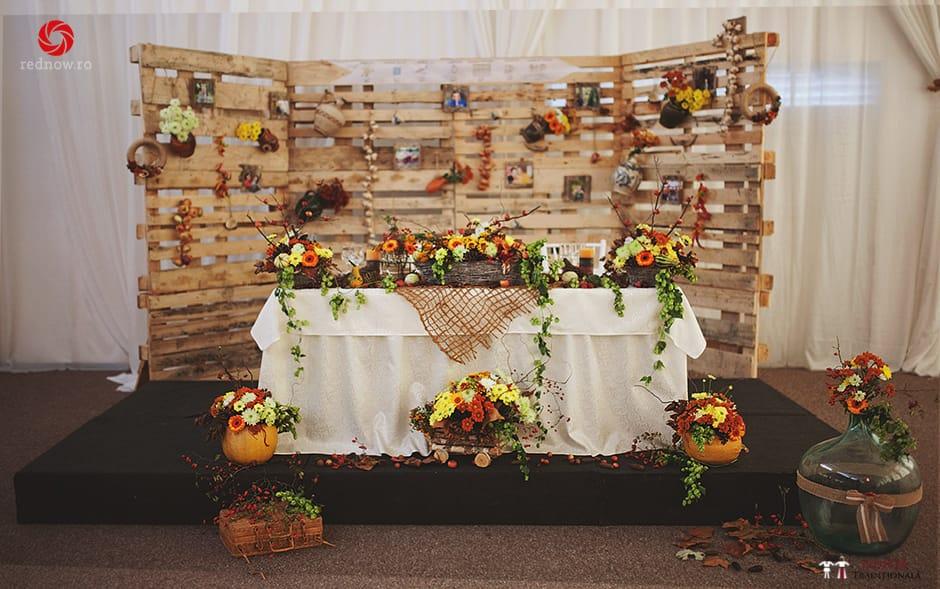 Povești Nunți Tradiționale - Ionatan și Andrea - Nuntă în Crișana. Să ne îmbătăm cu veselia nunții, în culorile toamnei 2