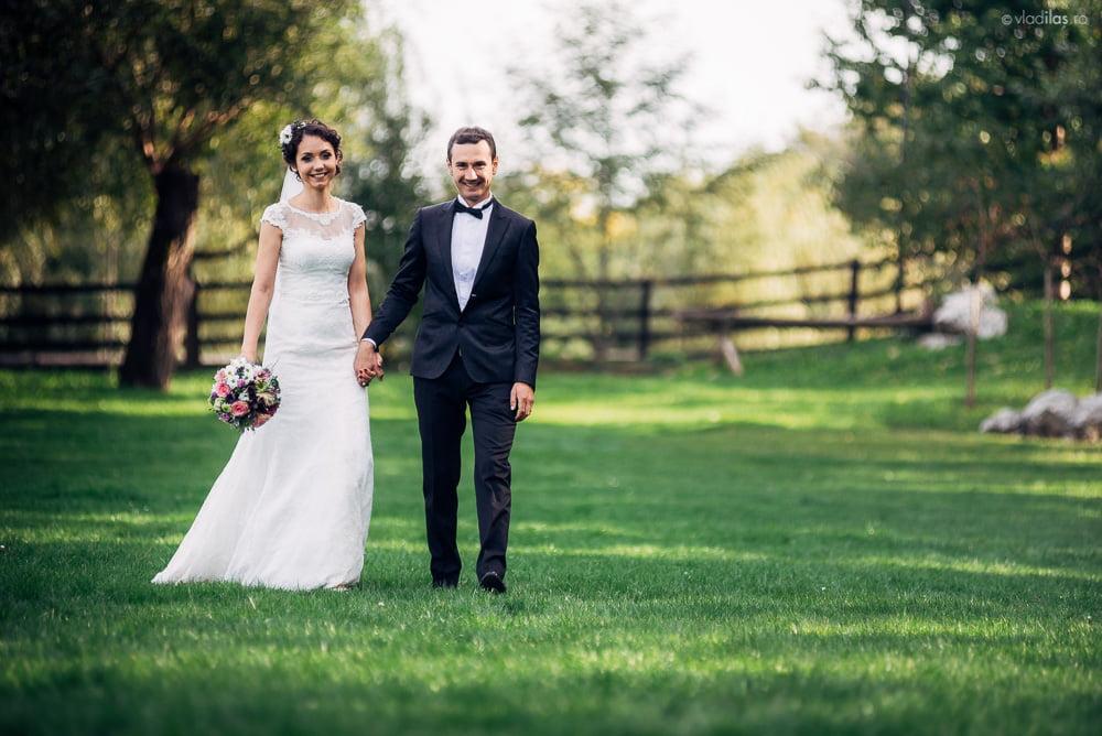 Povești Nunți Tradiționale - Mihaela și Paul - Nuntă în ținutul Neamțului 9