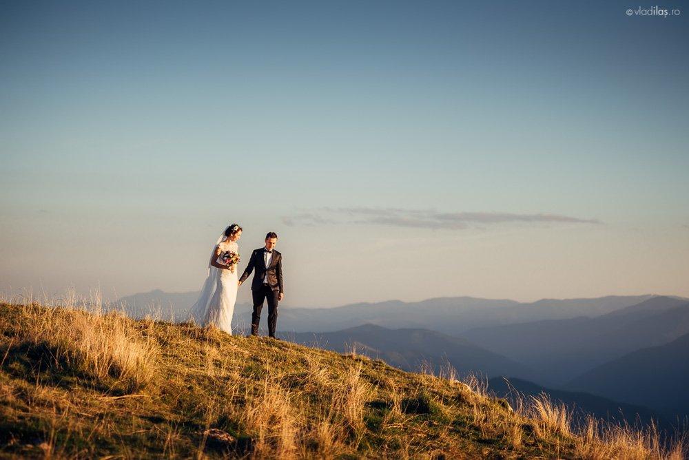 Povești Nunți Tradiționale - Mihaela și Paul - Nuntă în ținutul Neamțului 4