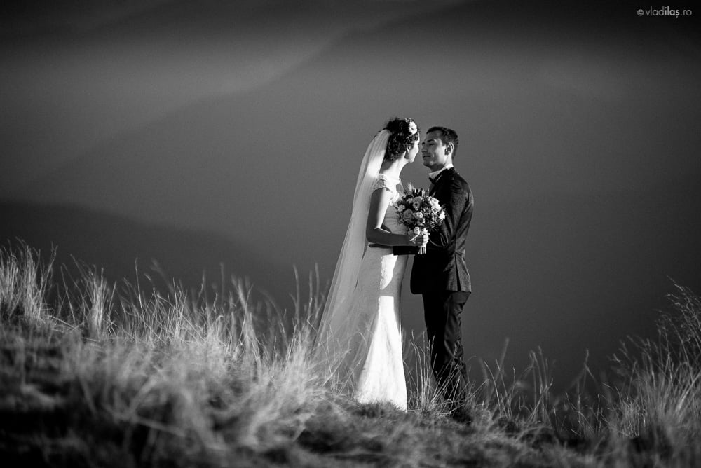 Povești Nunți Tradiționale - Mihaela și Paul - Nuntă în ținutul Neamțului 3