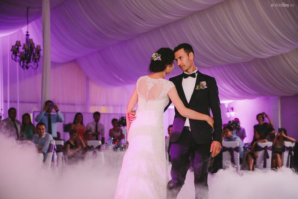 Povești Nunți Tradiționale - Mihaela și Paul - Nuntă în ținutul Neamțului 43