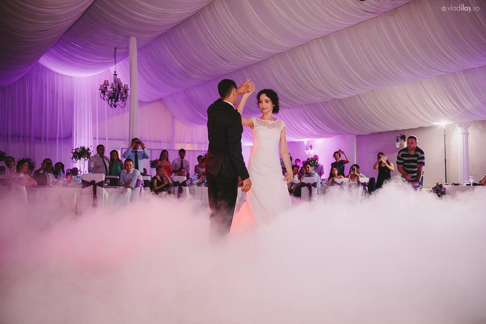 Povești Nunți Tradiționale - Mihaela și Paul - Nuntă în ținutul Neamțului 42