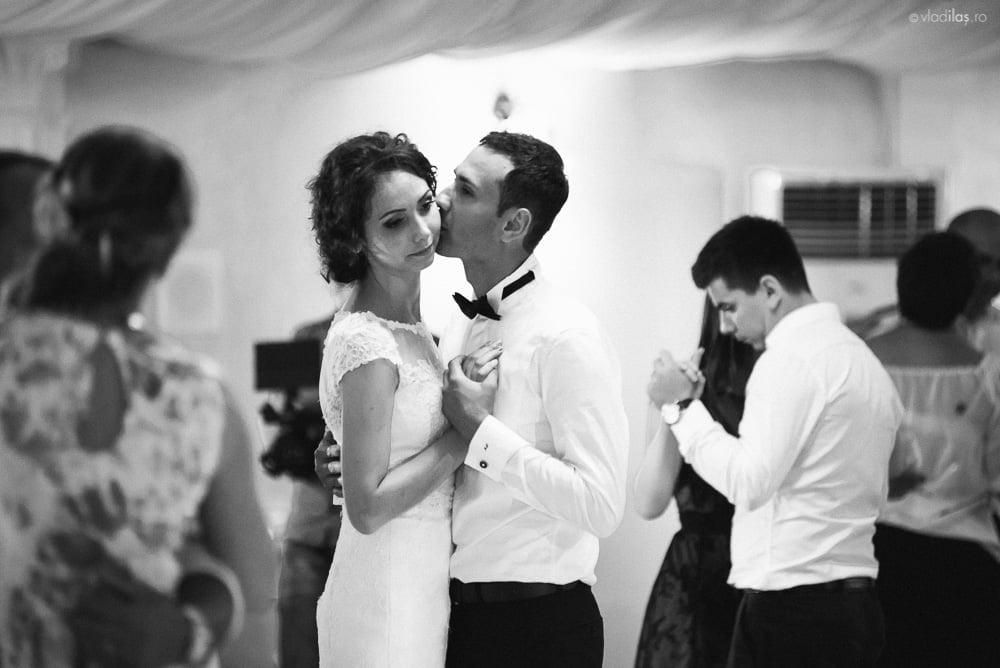 Povești Nunți Tradiționale - Mihaela și Paul - Nuntă în ținutul Neamțului 22