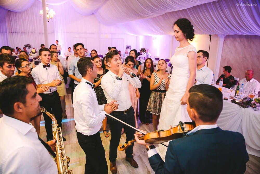 Povești Nunți Tradiționale - Mihaela și Paul - Nuntă în ținutul Neamțului 20