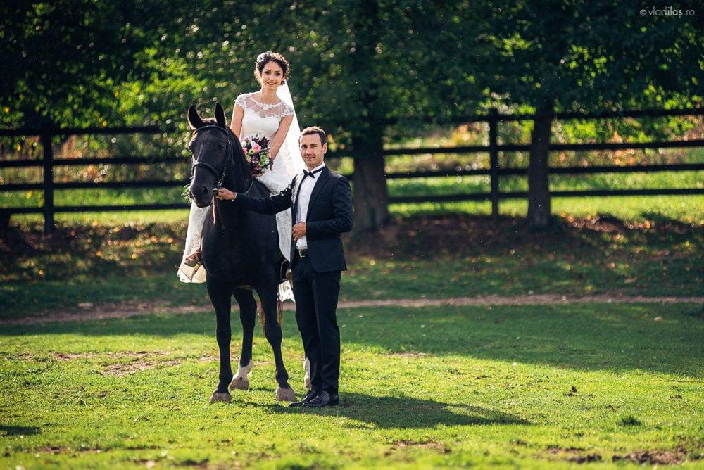 Povești Nunți Tradiționale - Mihaela și Paul - Nuntă în ținutul Neamțului 18