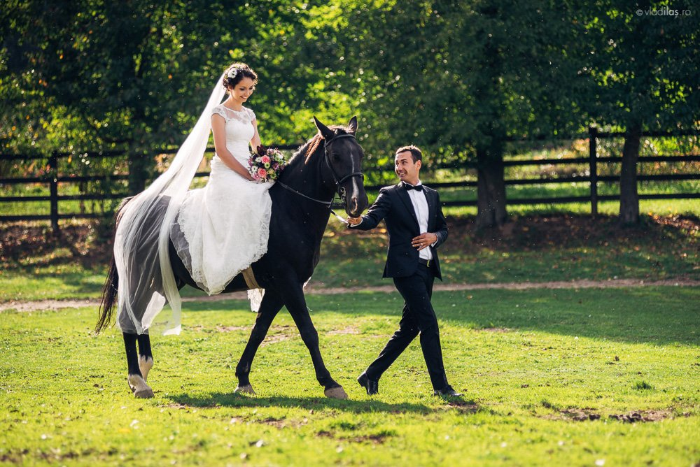 Povești Nunți Tradiționale - Mihaela și Paul - Nuntă în ținutul Neamțului 17